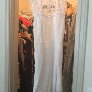 Free People Dresses - White dress 😍😍